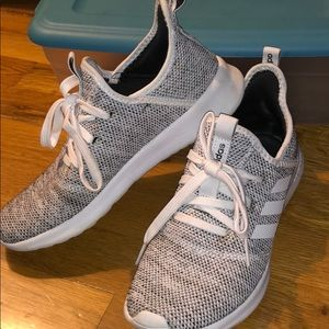 Adidas cloud foam sneaker